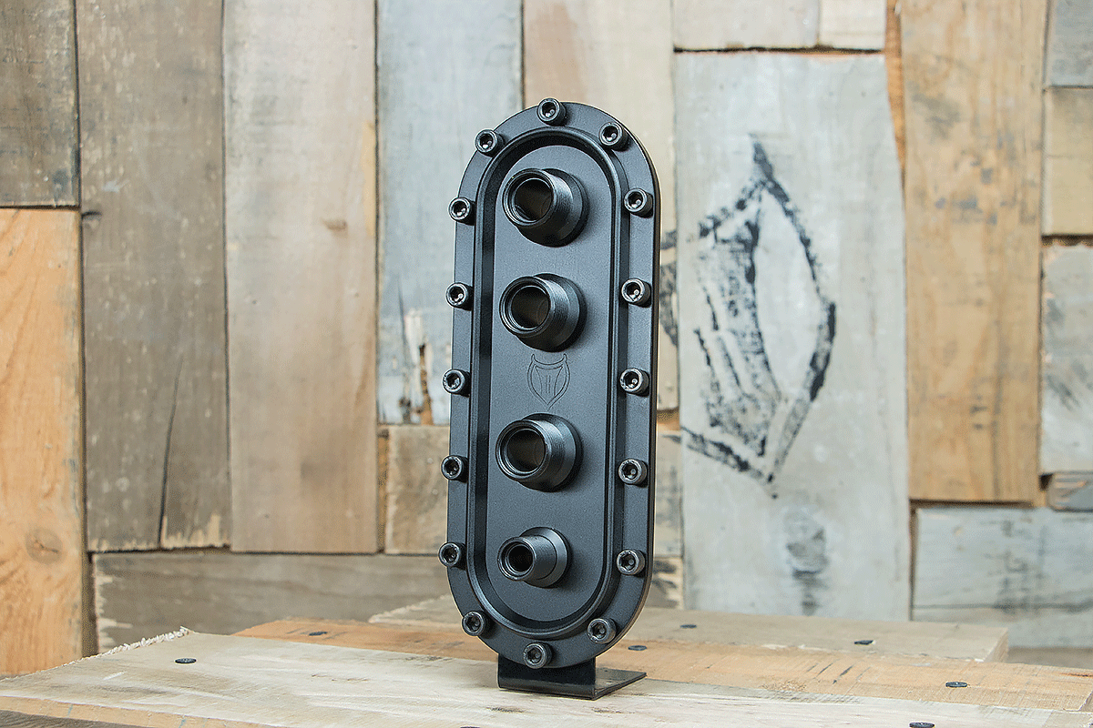 products RESTOMOD AIR BULKHEAD SYNISTER VERTICAL TRIPLE BLACK LEFT