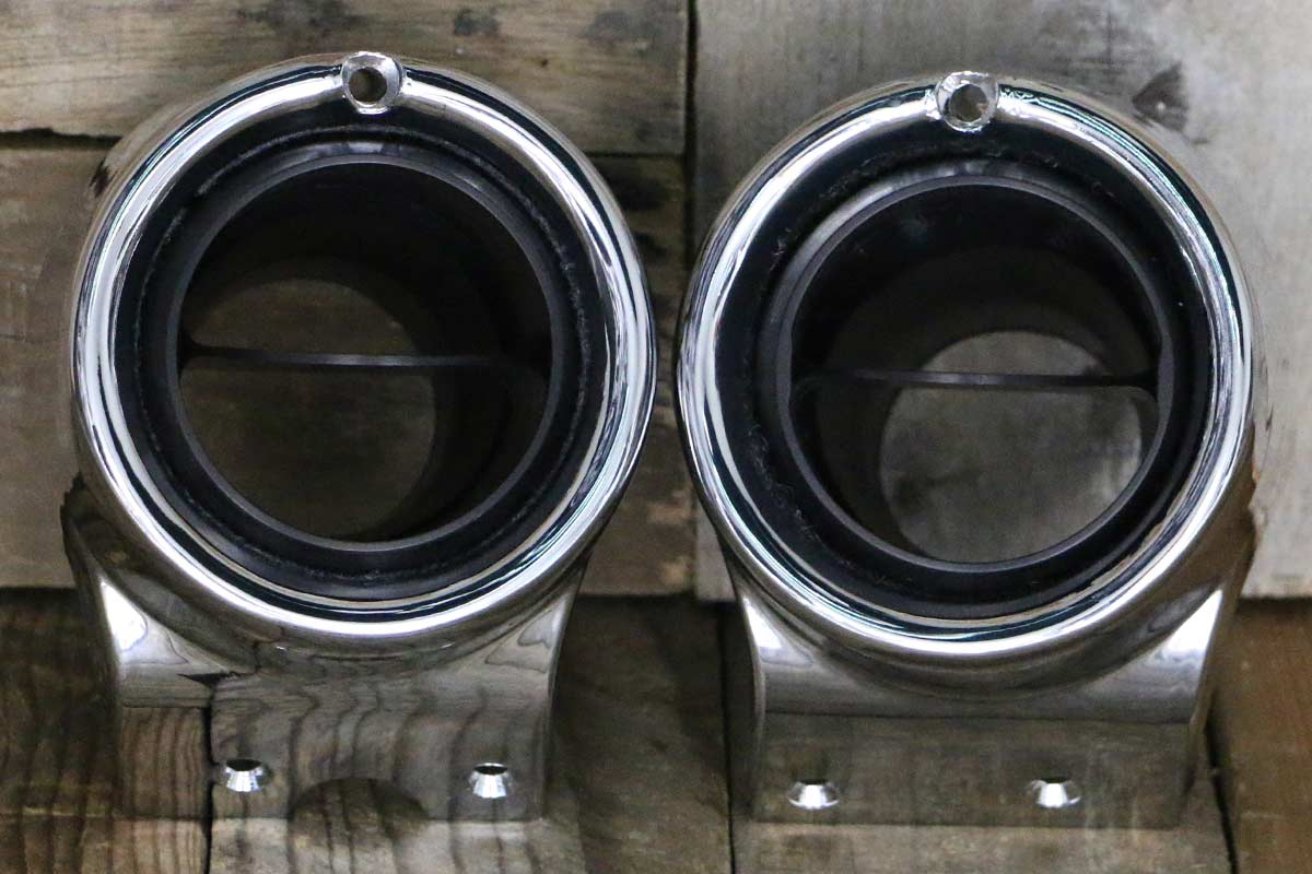 C VENTS WITH CHROME BEZEL SYNISTER BLACK STRAIGHT
