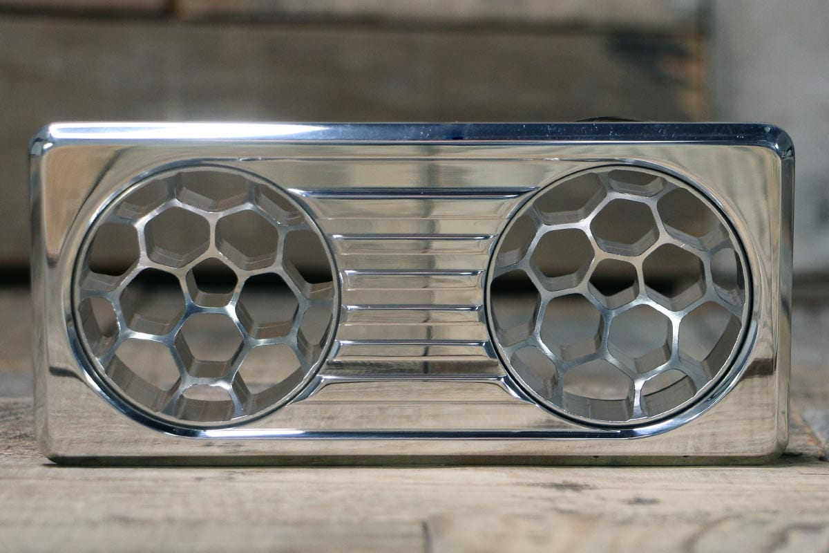 QUANTUM DUAL HELIX POLISHED AC VENT STRAIGHT IN