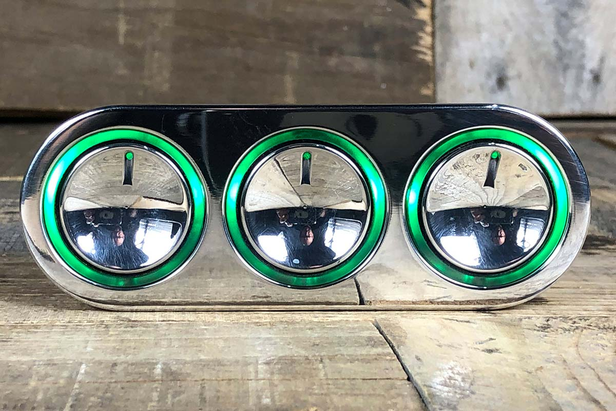 ELEVATE GREEN LED POLISHED STRAIGHT CLOSED
