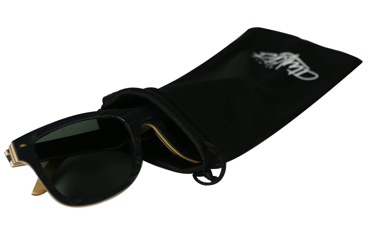 sunglass bag open