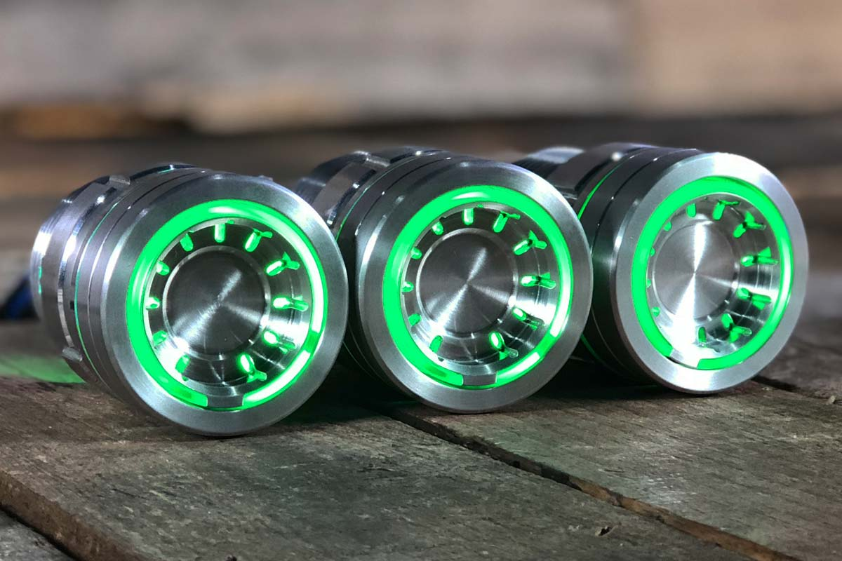 pods green light satin 1