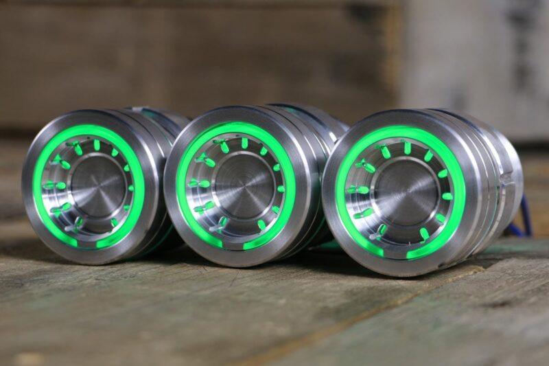pods satin green light left