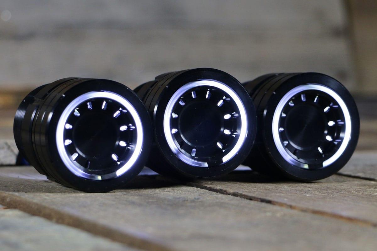 pods white light synister black 1