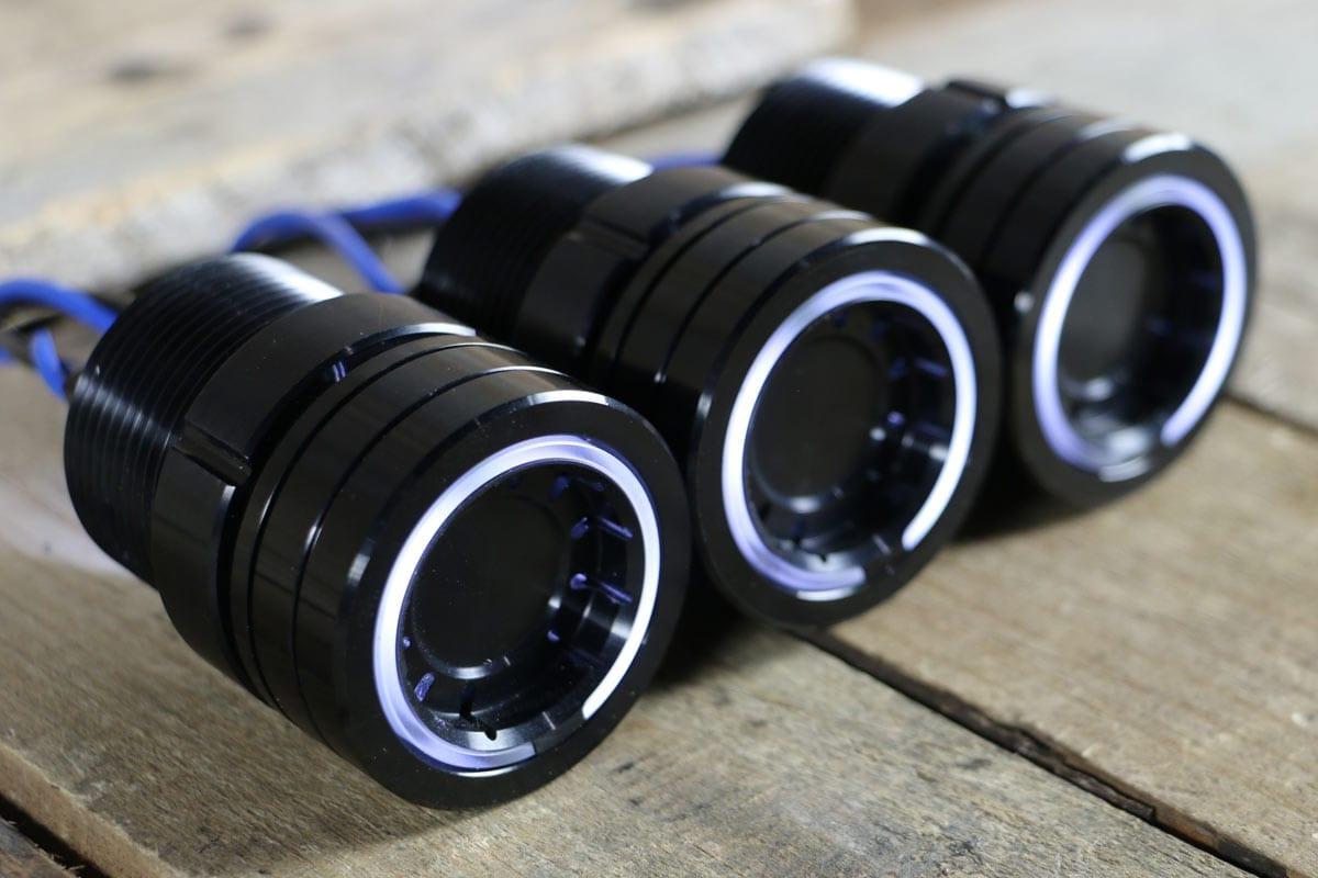 pods white light synister black 2