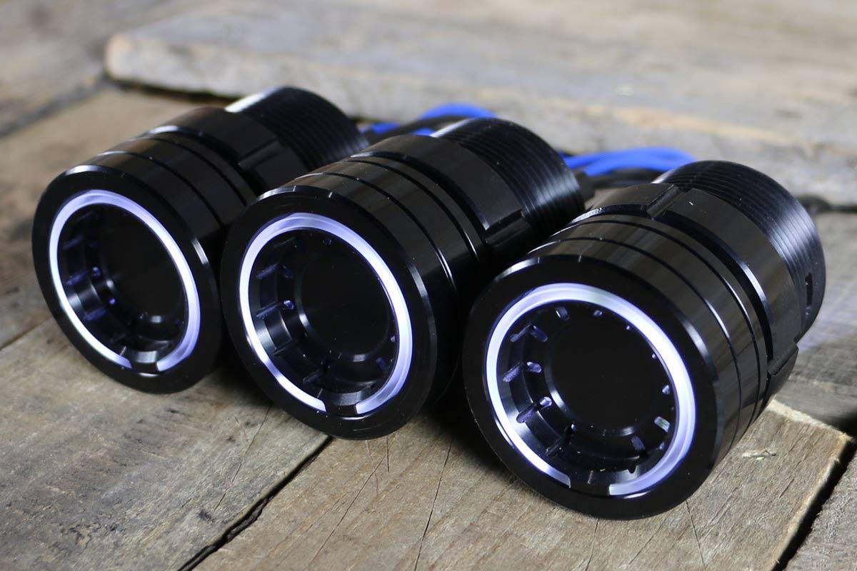 pods white light synister black 4