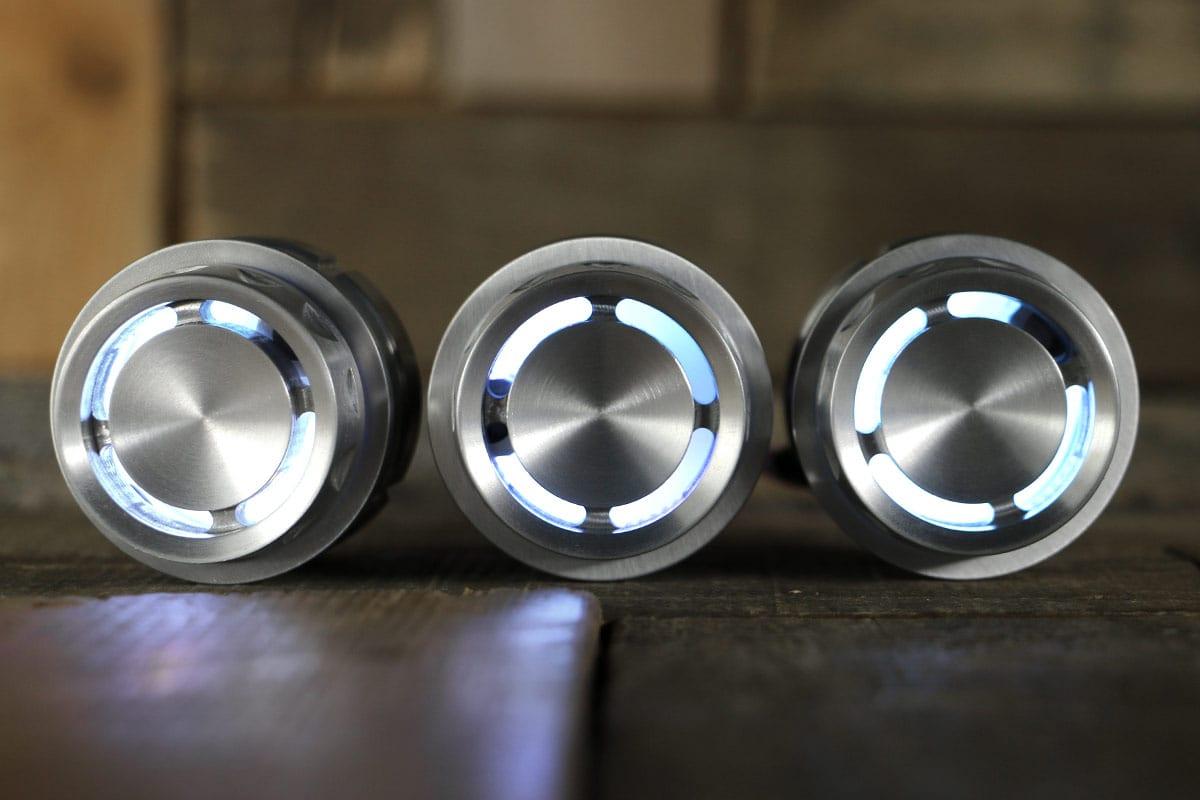 REACTOR PODS SATIN WHITE LED STRAIGHT