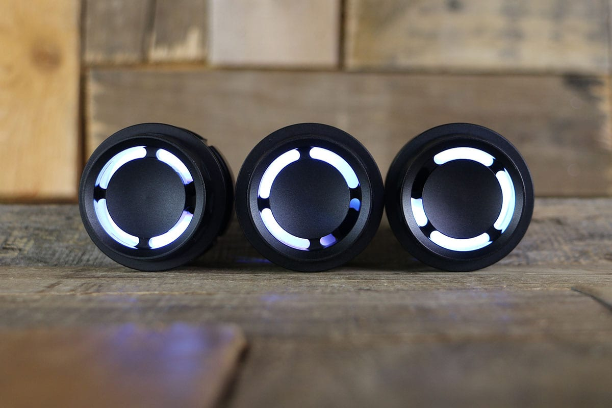 REACTOR PODS SYNISTER BLACK WHITE LED STRAIGHT