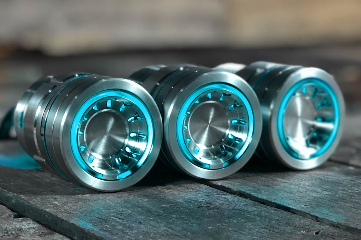 PODS CYAN LED SATIN RIGHT