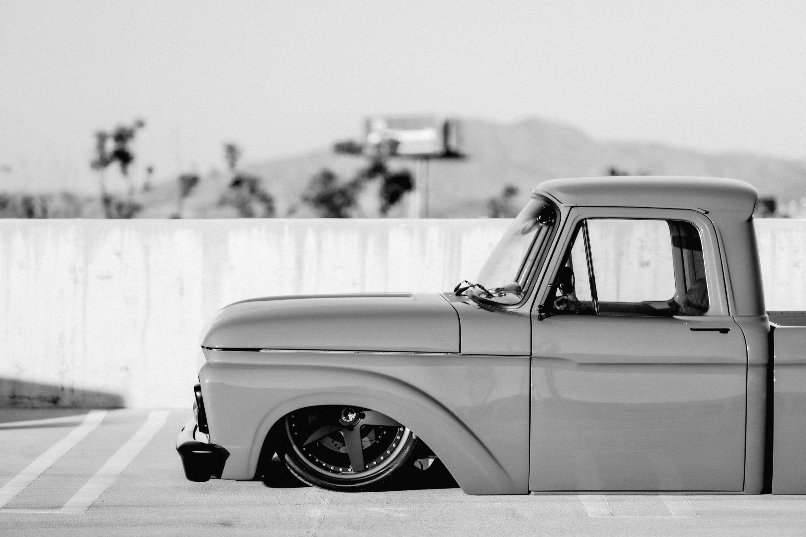Custom Aftermarket A/C Low-rider Truck
